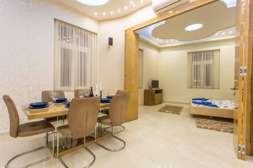 Foto 34 - Famousali Luxurious Vip Apartment
