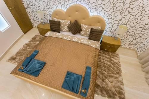 Foto 39 - Famousali Luxurious Vip Apartment