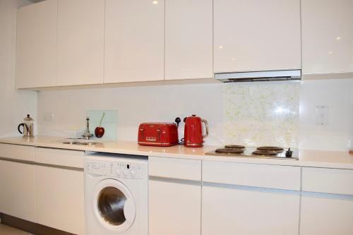 Photo 15 - 3 Bedroom Apartment in Dublin Docklands
