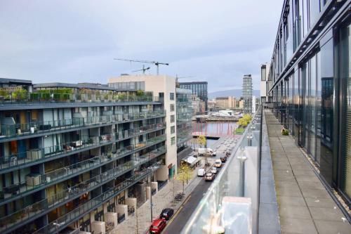 Photo 12 - 3 Bedroom Apartment in Dublin Docklands