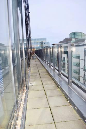Photo 14 - 3 Bedroom Apartment in Dublin Docklands