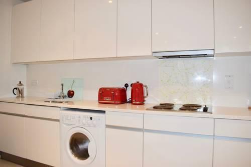 Photo 7 - 3 Bedroom Apartment in Dublin Docklands