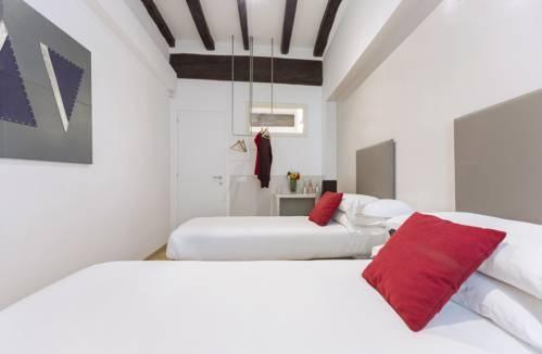 Photo 12 - Rome Accommodation Via Giulia Apartments