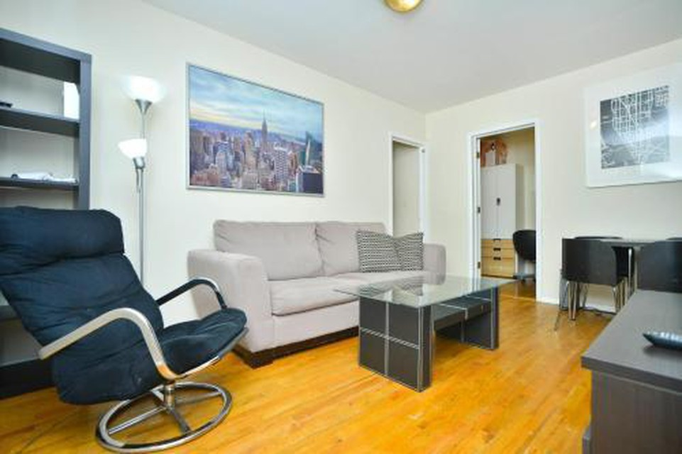 Foto 3 - Yorkville Apartments -Upper East Side