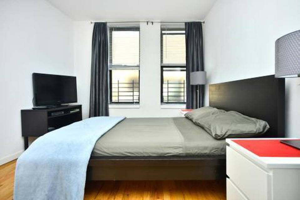 Foto 5 - Yorkville Apartments -Upper East Side