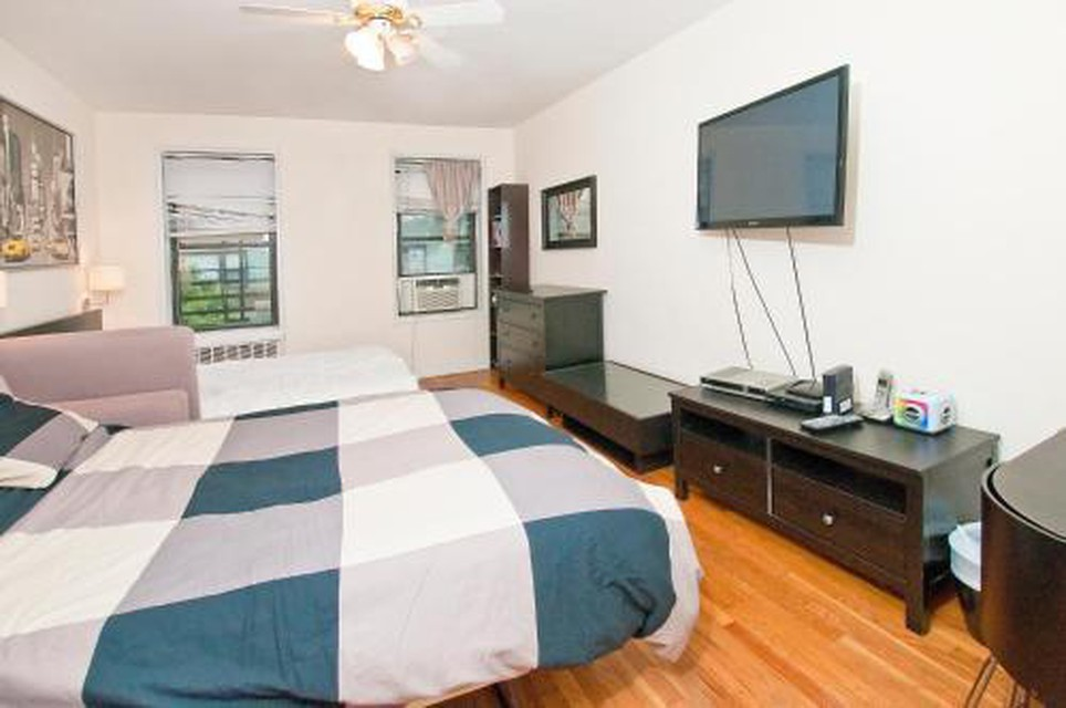 Foto 12 - Yorkville Apartments -Upper East Side