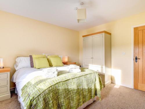 Photo 23 - Holiday Home Cwm Tawel