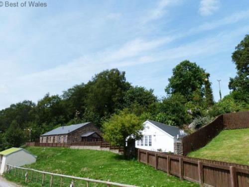 Photo 7 - Holiday Home Cwm Tawel