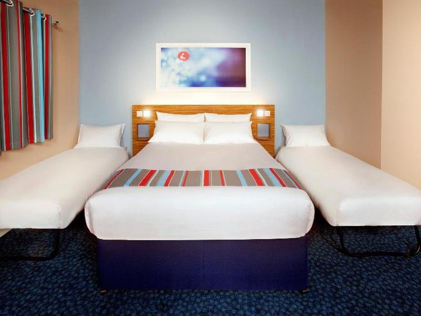 Photo 5 - Travelodge Birmingham Central Newhall Street
