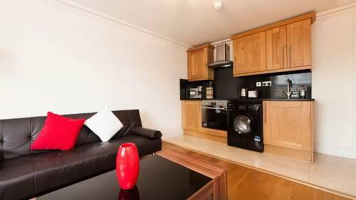Photo 5 - Courtfield Gardens Apartments
