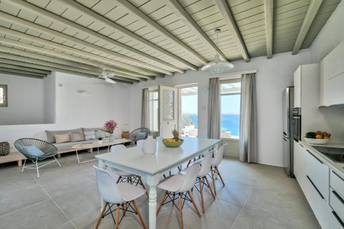 Photo 12 - Pasithea Villas Mykonos