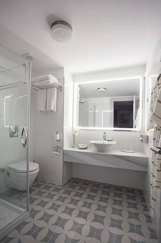Foto 7 - Armada Apartment