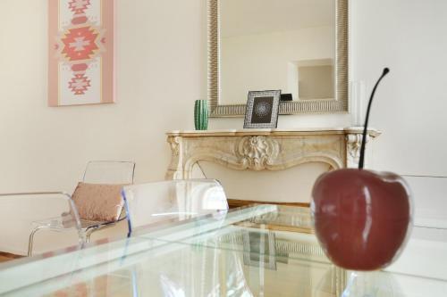 Photo 4 - Sublime appartement entre Invalides & Tour Eiffel( Amelie)