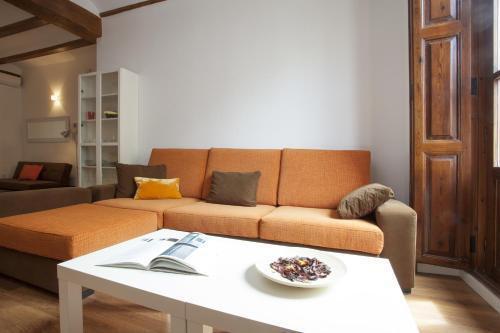 Photo 4 - Singular Apartments Station