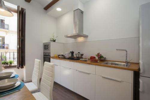 Photo 9 - Singular Apartments Station