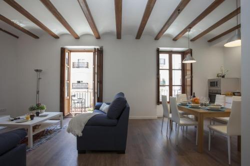Photo 32 - Singular Apartments Station