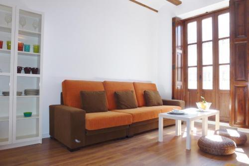 Photo 30 - Singular Apartments Station