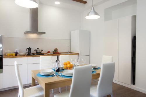 Photo 22 - Singular Apartments Station