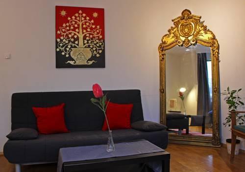 Foto 9 - Mohinga Apartment