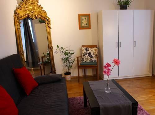 Foto 29 - Mohinga Apartment