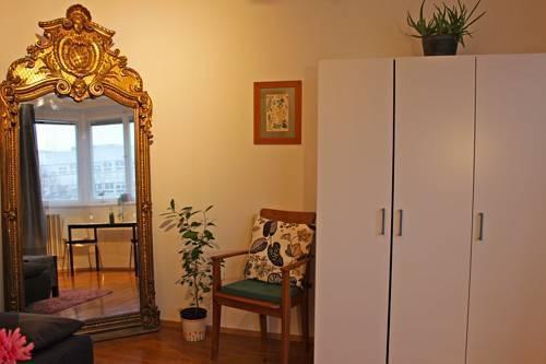 Foto 12 - Mohinga Apartment