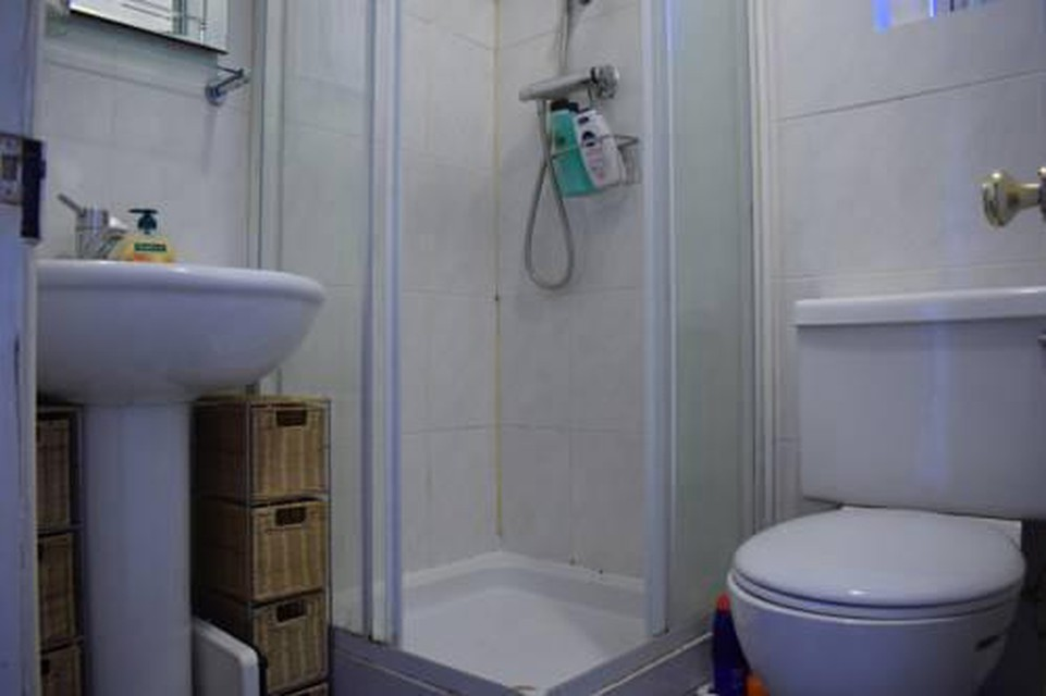 Photo 3 - 1 bedroom apartment right by Clapham