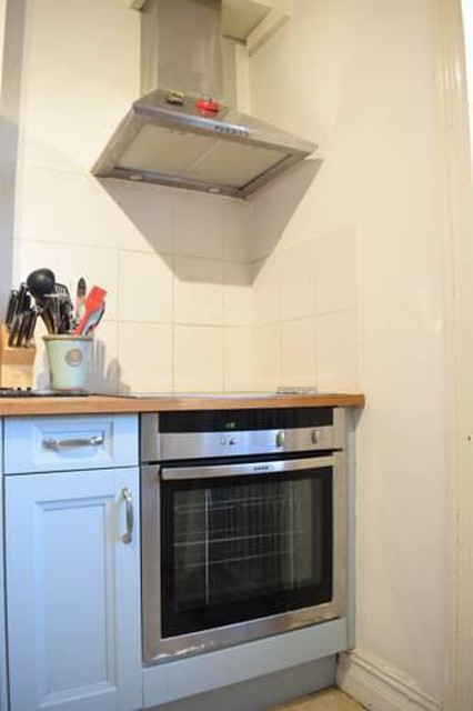 Photo 6 - 1 bedroom apartment right by Clapham