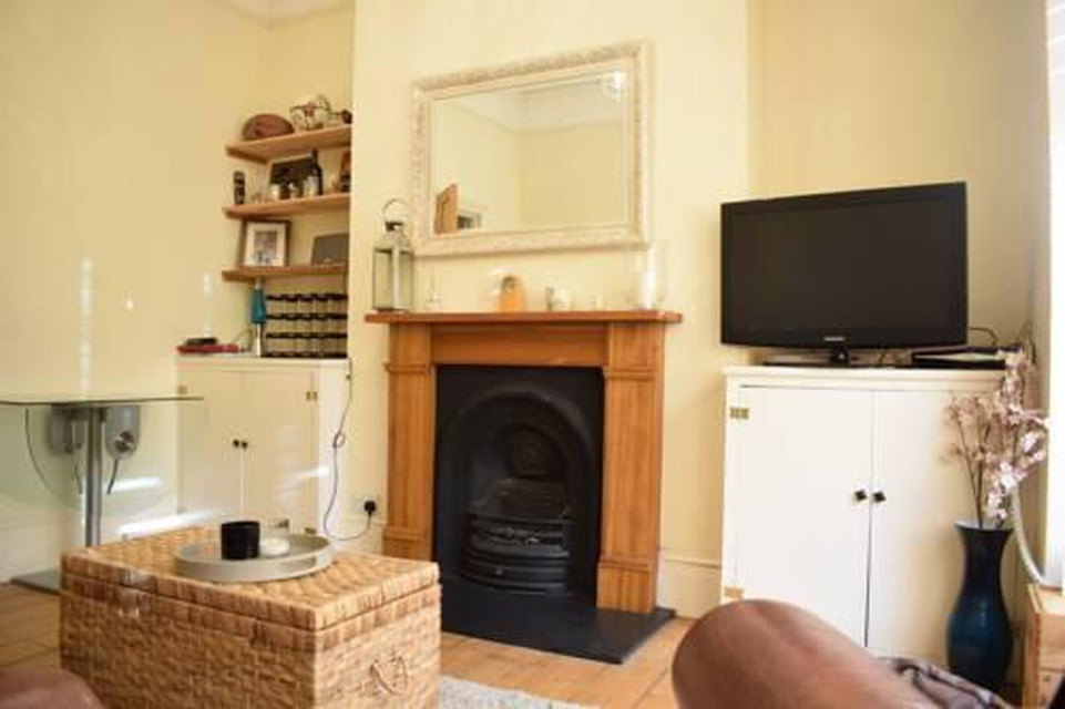 Photo 10 - 1 bedroom apartment right by Clapham