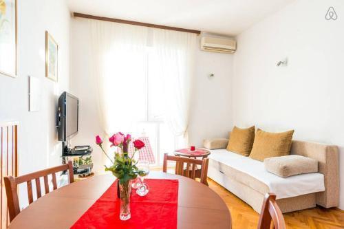 Photo 7 - Apartment Flora