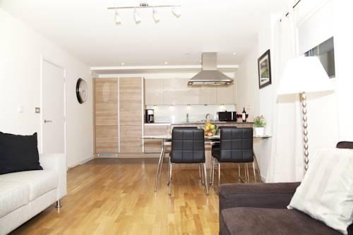 Photo 25 - London City Apartments