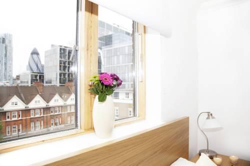 Photo 12 - London City Apartments