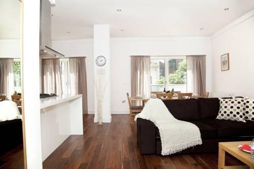 Photo 33 - London City Apartments
