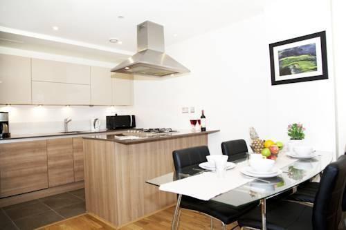 Photo 18 - London City Apartments