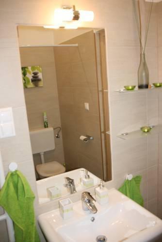 Photo 5 - Smart Apartment 2