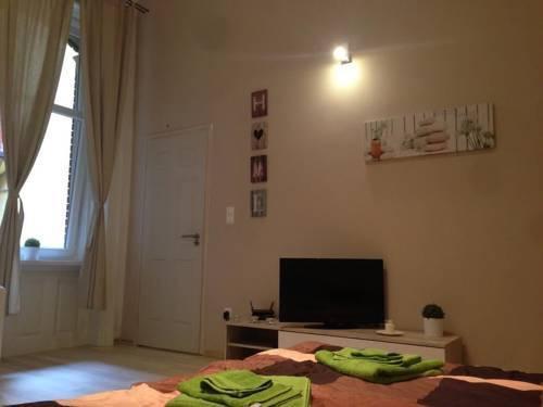 Photo 2 - Smart Apartment 2