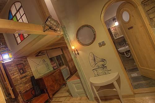 Photo 31 - Lavender Circus Apartments