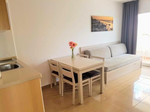 Foto 18 - Apartamentos Malacosta