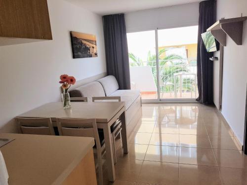 Foto 8 - Apartamentos Malacosta