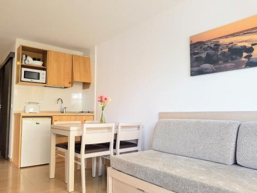 Foto 15 - Apartamentos Malacosta