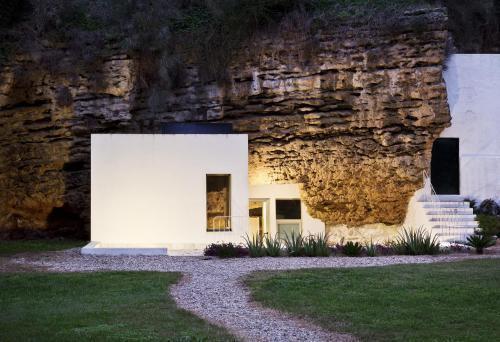 Foto 2 - Alojamientos Rurales Cuevas del Pino