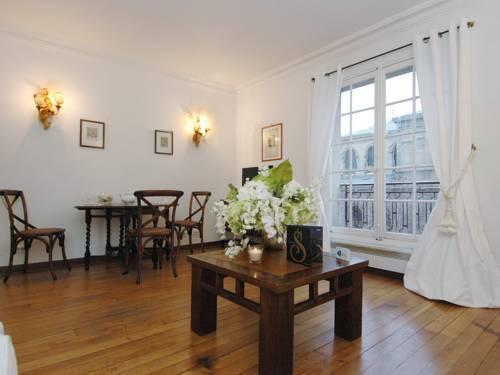 Photo 29 - Mithouard Apartments