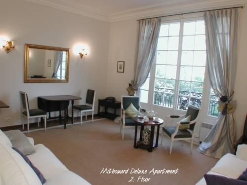 Photo 12 - Mithouard Apartments