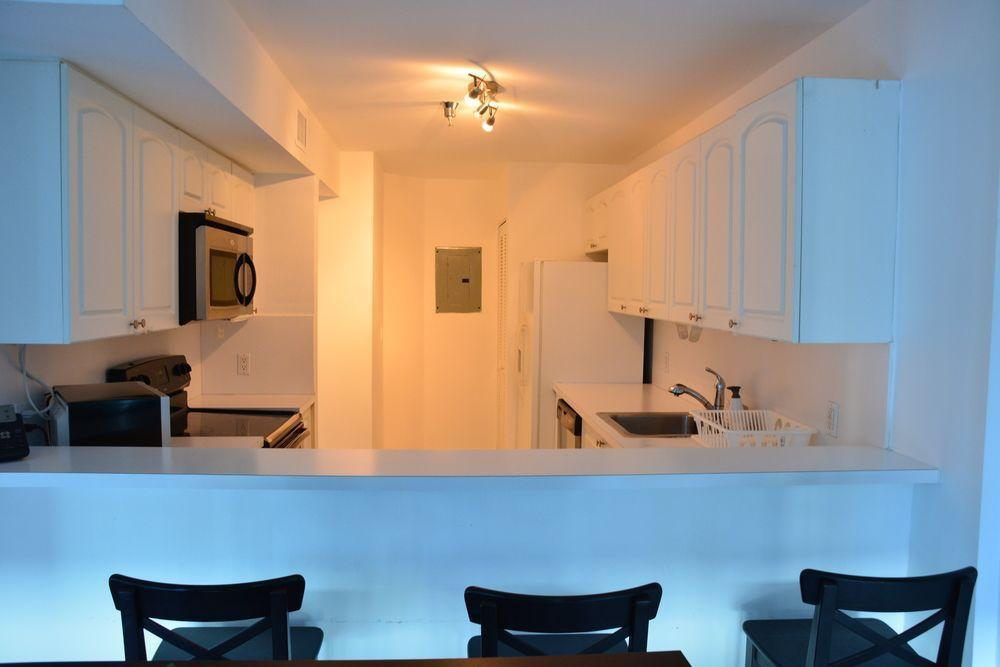 Photo 2 - New Point Miami Beach Apartments