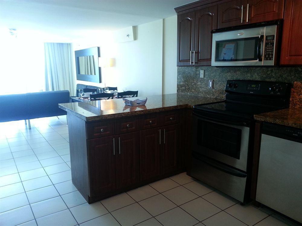Photo 5 - New Point Miami Beach Apartments
