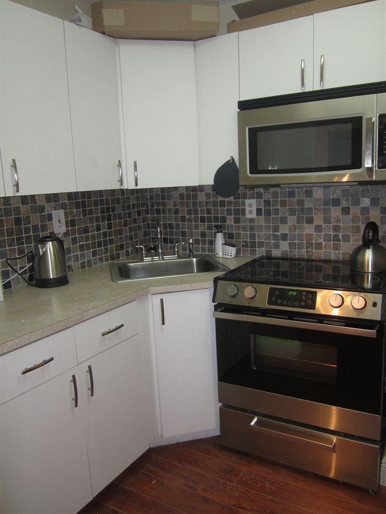 Photo 40 - New Point Miami Beach Apartments