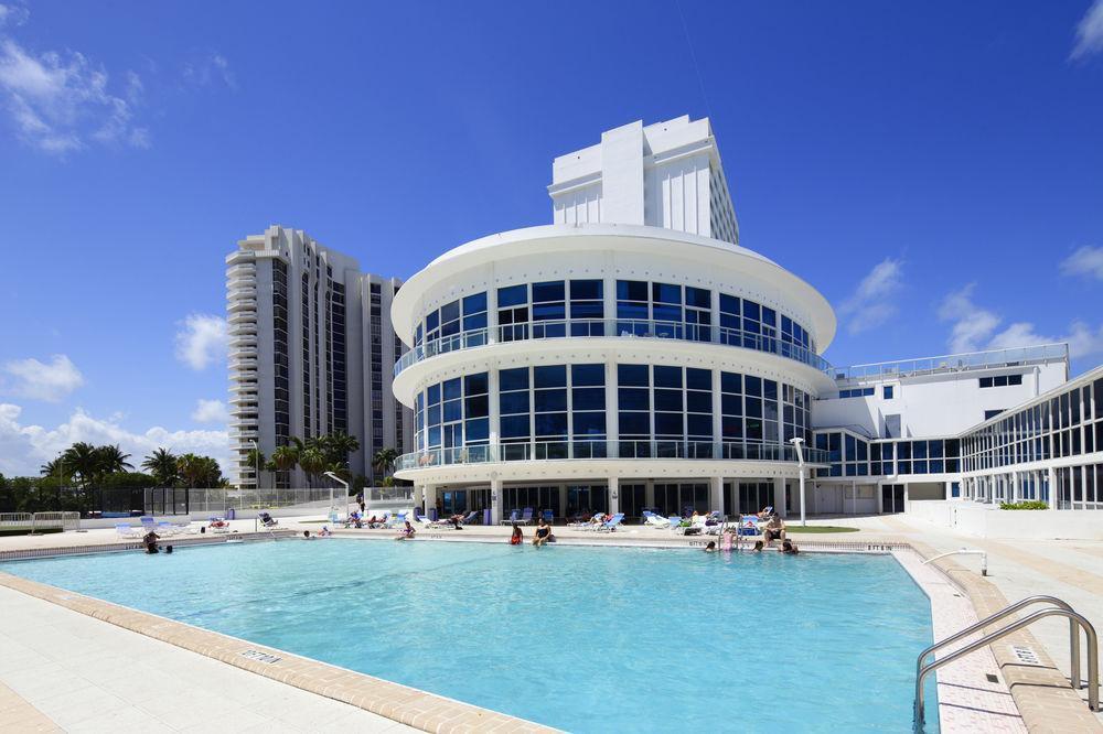 Photo 1 - New Point Miami Beach Apartments