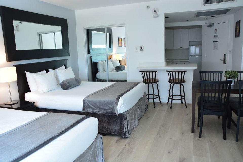 Photo 29 - New Point Miami Beach Apartments