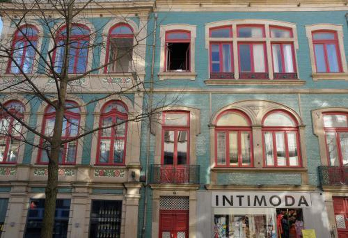 Photo 6 - 1905 Apartments
