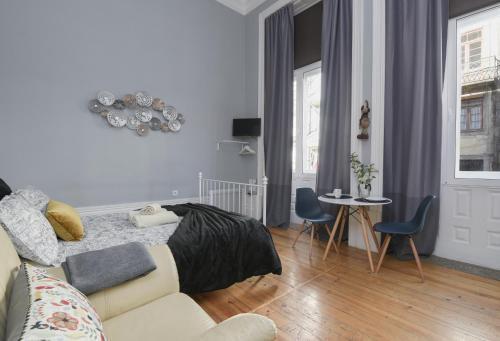 Photo 11 - 1905 Apartments