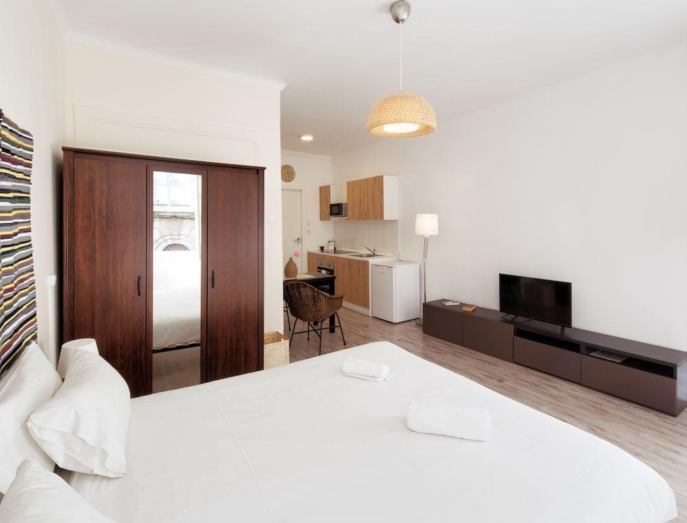Foto 35 - Aparthotel Oporto Entreparedes - free breakfast & parking